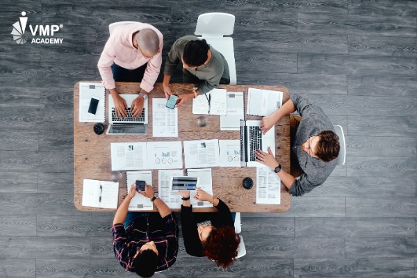 Phân chia công việc khi làm việc nhóm