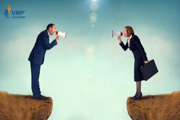 Xử lý xung đột khi quản lý nhóm làm việc